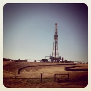 A rig drills for oil in southern Campbell County. (Dustin Bleizeffer/WyoFile — click to enlarge)