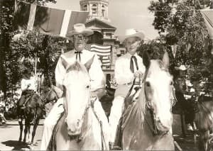 "Gov. Jack Gage and wife ""Buddy"" ride in the Cheyenne Frontier Days parade in 1962. (Wikimedia Commons — click to enlarge)"