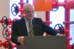 University of Wyoming President Dick McGinity speaks at the dedication of the new WPX Drill Simulator Teaching Lab on October 2. McGinity previously served on the board of Canada Southern Petroleum Ltd. (WyoFile/Gregory Nickerson — click to enlarge)