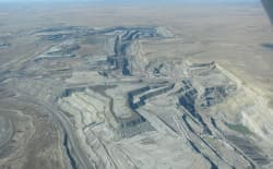 This aerial photo from fall of 2014 is courtesy of  Lighthawk and shows open-pit coal mining operations in the southern Powder River Basin — the focus of federal coal lease reform efforts. (Dustin Bleizeffer/WyoFile, courtesy Lighthawk.org)