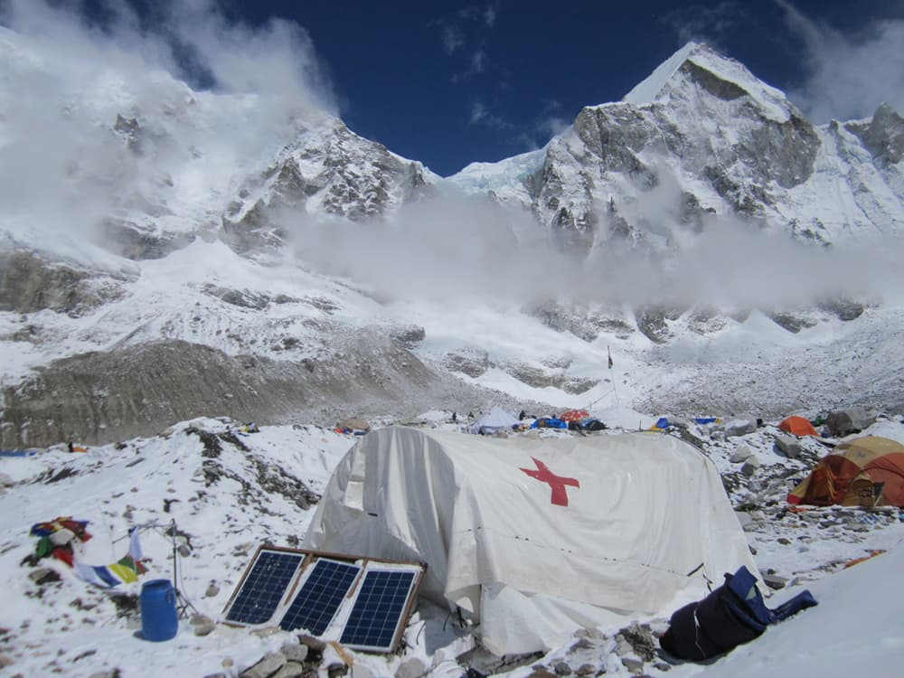 Sheridan climber recounts earthquake on Everest
