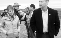 Secretary of the Interior Sally Jewell and Gov. Matt Mead talk at Trappers Point near Çora. The names of Mead and U.S. Rep. Cynthia Lummis are being floated as a possible replacements for Jewell in a Trump cabinet. (Angus M. Thuermer Jr./WyoFile)