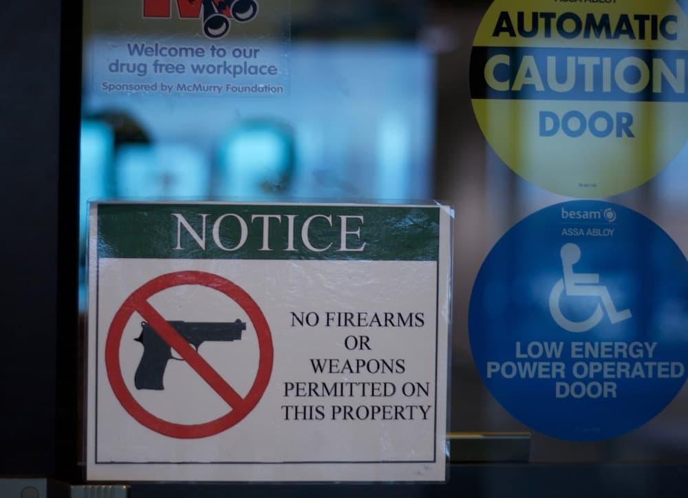 gun-sign