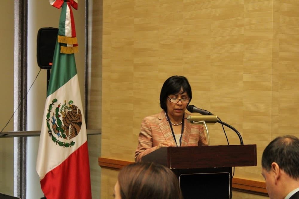 Mistrust, immigrant concerns mark Mexican consul visit