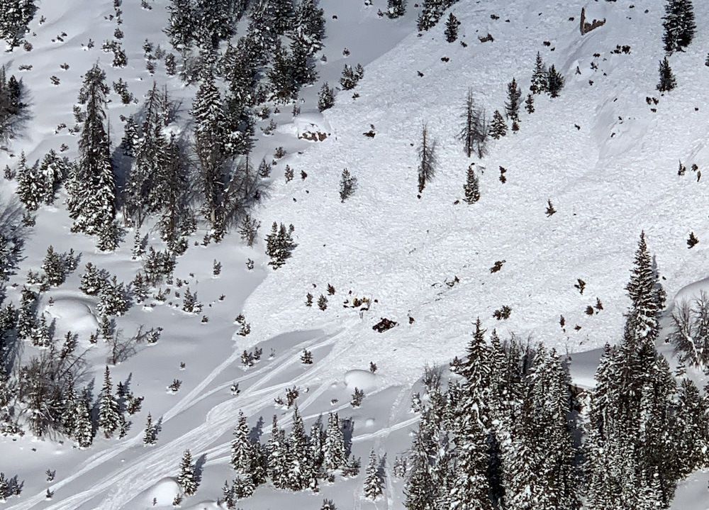 Snowmobilers now top Wyo avalanche fatality list