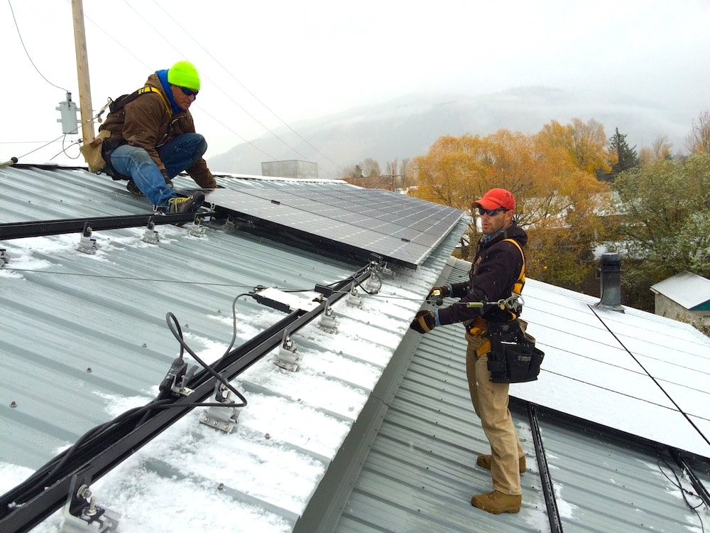 Adverse solar bill advances after heated subsidies debate